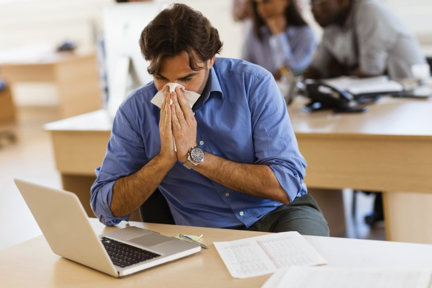 3.6-Dealing-with-Office-Allergies-at-Work-624x416