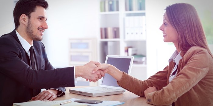 20150427231920-banker-bank-loan-small-business-hand-shake-deal