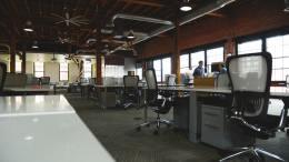 space-desk-workspace-coworking (1)
