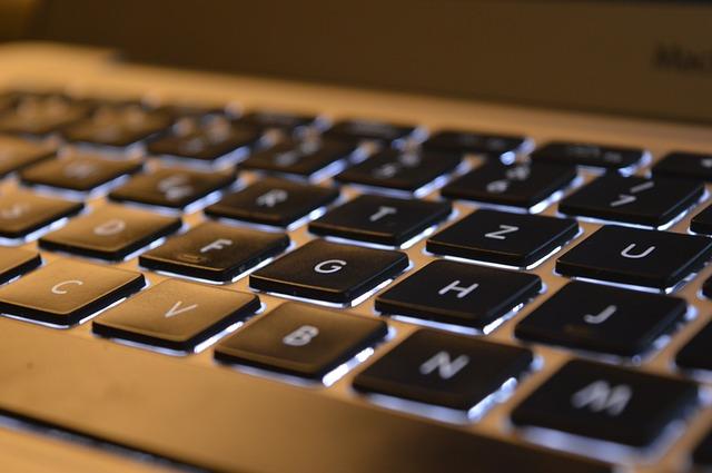 keyboard-3542186_640