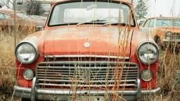 abandoned-automobile-automotive-2168932