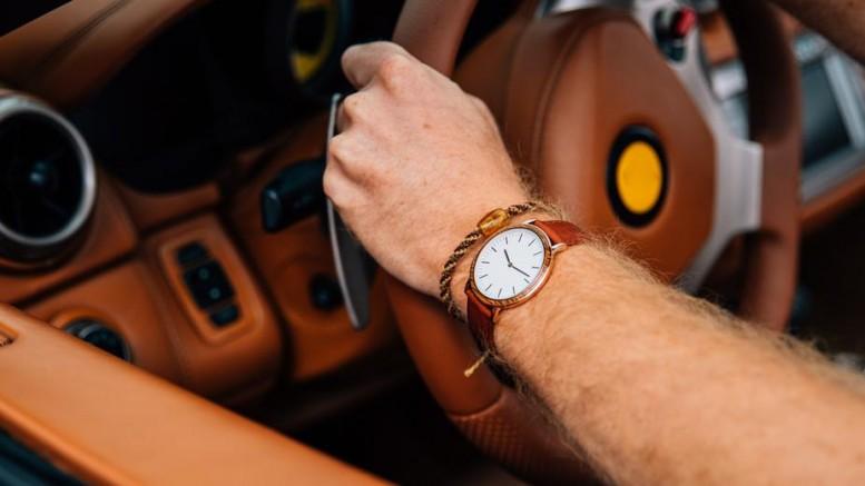 wrist-watch-on-driving-arm